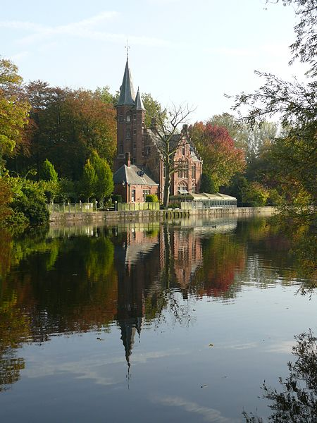 450px-Bruges,_Minnewater